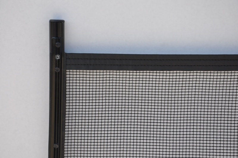 black-poles-and-borders