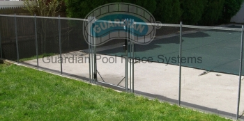 Premier-Pool-Fence-Vanishing.jpg