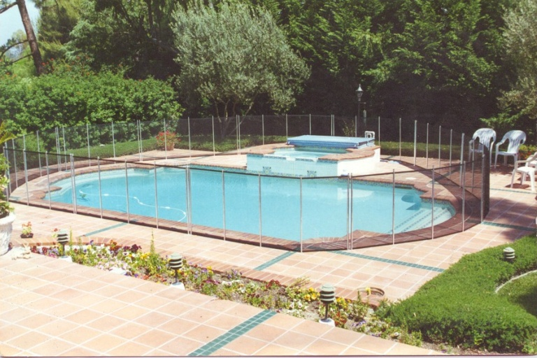Pool Fence Massachusetts