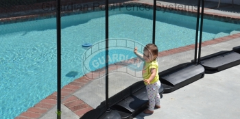 child-protection-pool-fence.jpg