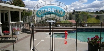 1309907864premier-pool-fencing.JPG