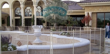 Pool-Fence-Around-The-Fountain.jpg