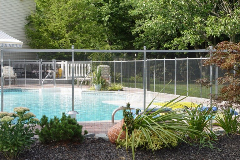 pool-fence-removable