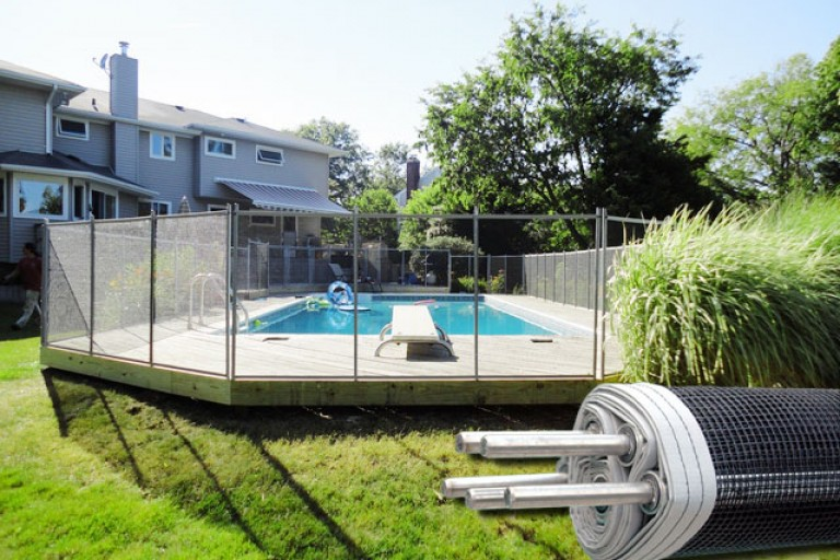 above-ground-pool-fence (1)