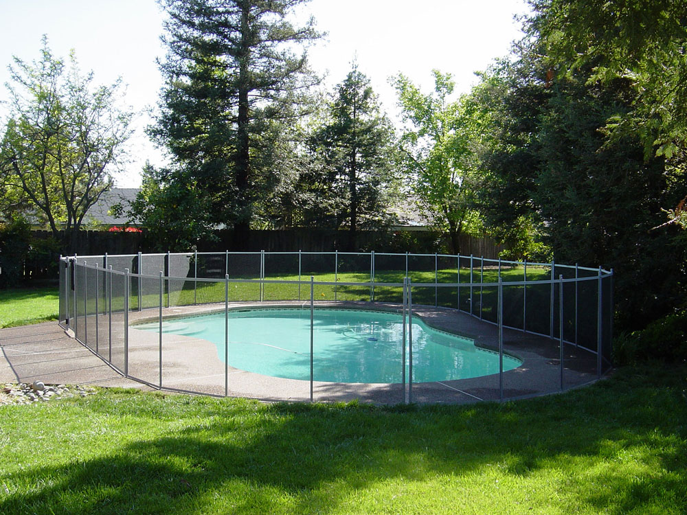 Pool Fence Toronto Ontario Pool Safety Fencing
