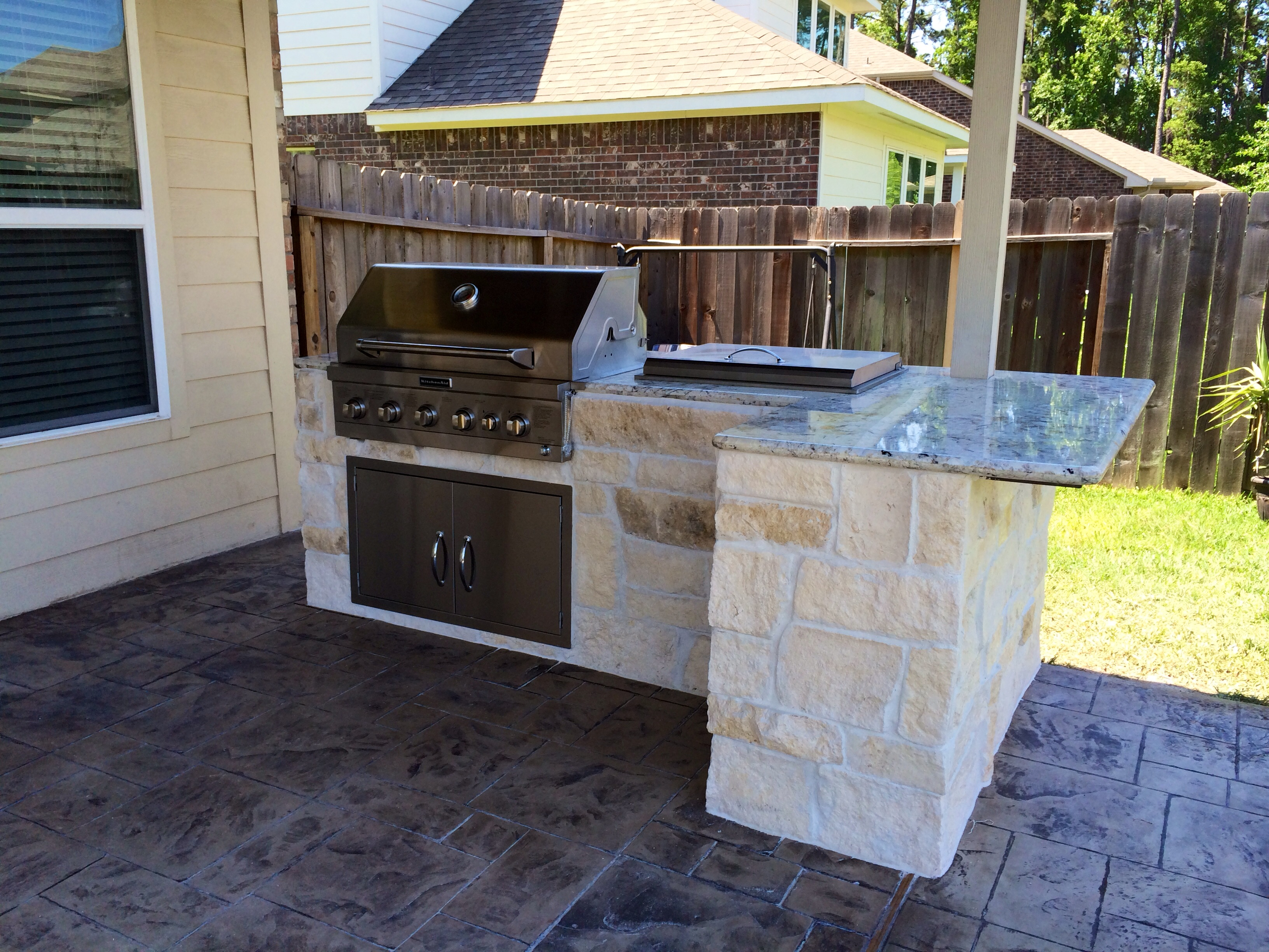 Make your backyard an outdoor oasis for Outside cooking area