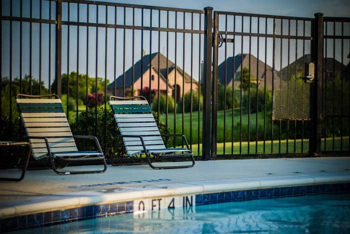 rod iron pool fence