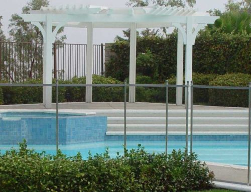 Choosing Pool Fence