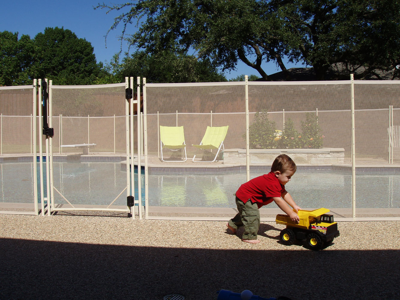 Baby Fence To Guard Your Pool