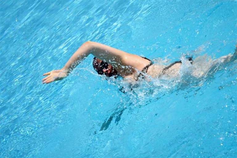 Cryptosporidium in pools
