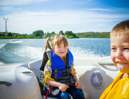 How To Keep The Kids Safe While Boating?