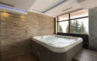 When-is-the-Best-Time-to-Buy-a-Hot-Tub