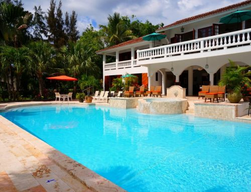 4 Ways To Make Your Swimming Pool Energy Efficient