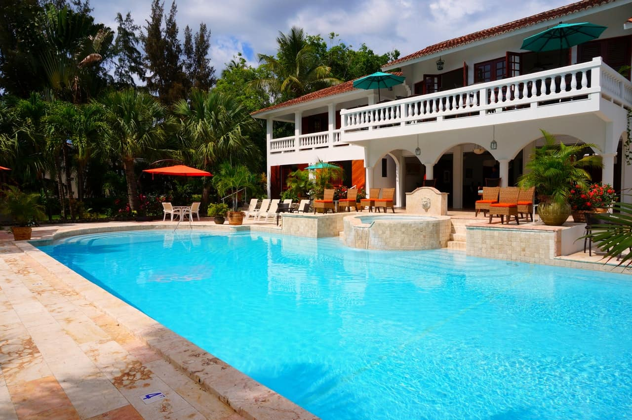 (Gurdian Pool) 4 Ways To Make Your Swimming Pool Energy Efficient
