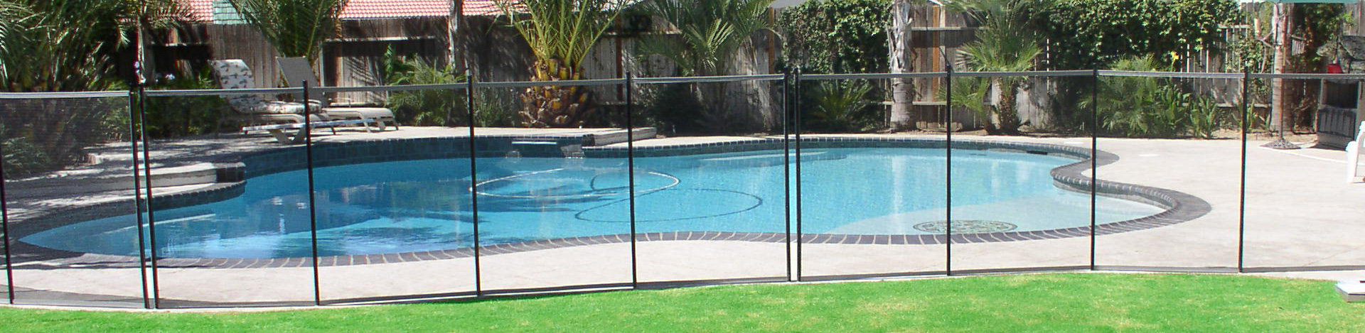 The Safest Pool Fence With Self-Closing Pool Gate ...